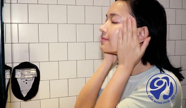 Kem dưỡng ẩm cho da khô