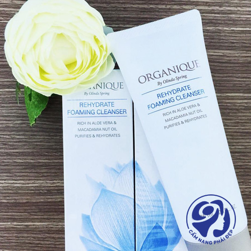 Organique Rehydrate Foaming Cleanser