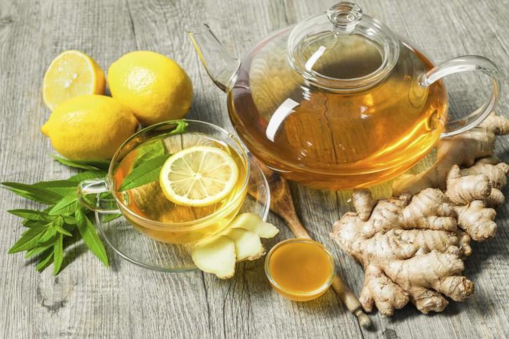 Uống trà gừng giúp bạn giảm tình trạng ốm nghén